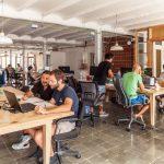 Những tiện ích cần thiết khi thuê chỗ ngồi làm việc tại coworking space